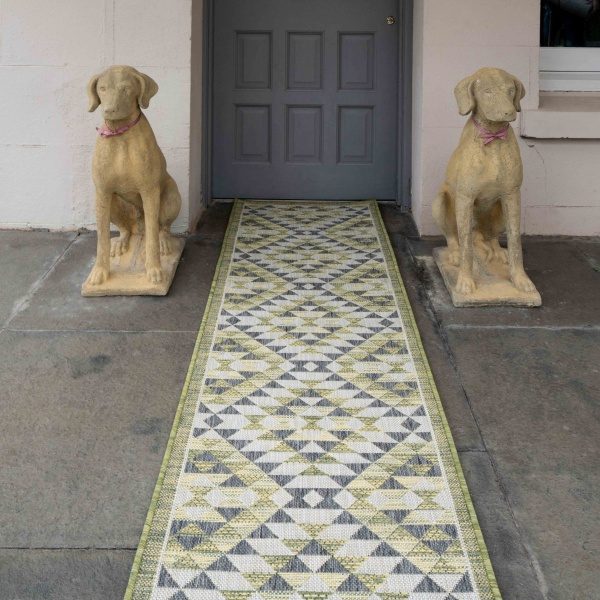 Green Geometric Diamond Weatherproof Outdoor BBQ Area Runner Rug - Florida