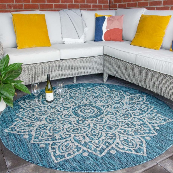 Blue Circle Traditional Damask Indoor Outdoor Rug - Habitat