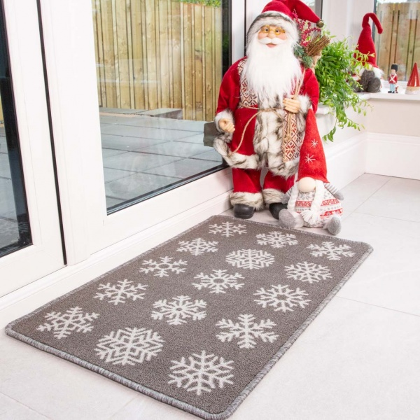 Grey Snowflake Christmas Decoration Mat - Luna