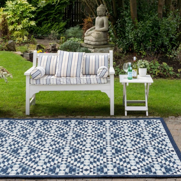 Navy Blue Geometric Diamond Weatherproof Outdoor BBQ Area Rug - Florida