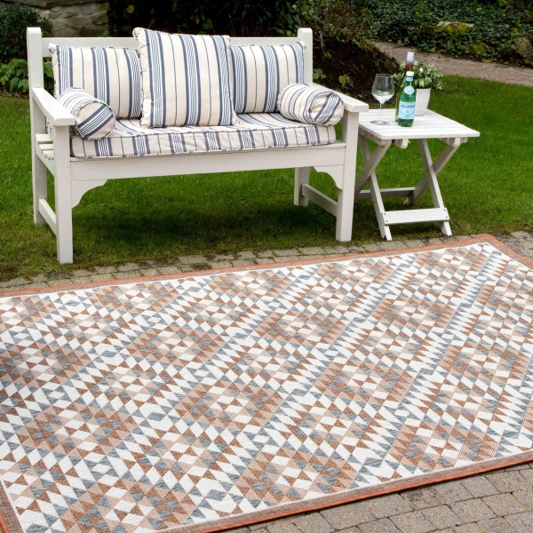 Terracotta Geometric Diamond Weatherproof Outdoor Patio Area Rug - Florida