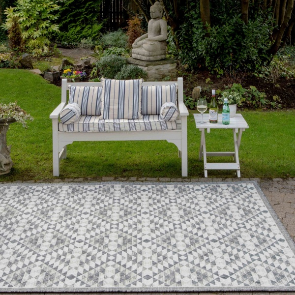 Grey Geometric Weatherproof Outdoor Garden Patio Rug - Florida