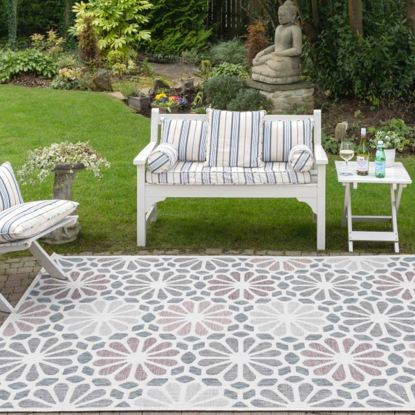 Pink Blush Floral Weatherproof Outdoor Garden Decking Rug - Florida